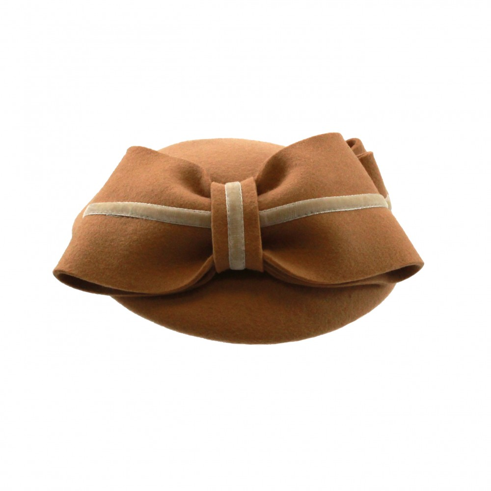 Pillbox hat - Claartje - beige